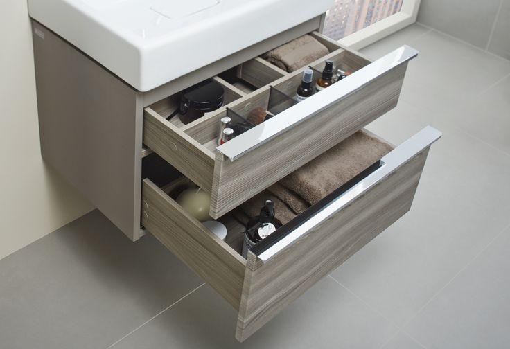 Zorganizuj przestrzeń łazienki tak, aby odpowiadała Twoim potrzebom. Funkcjonalne przegródki pozwolą nie zgubić się każdego poranka. Metropolitan. Opoczno.