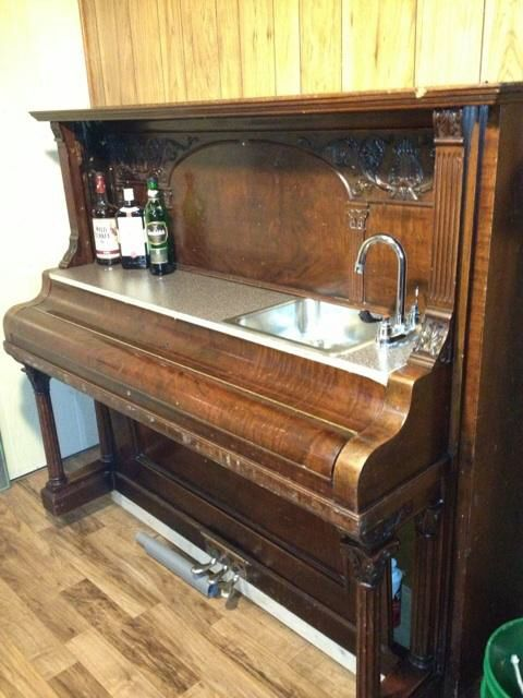 30 best images about piano makeover on pinterest retro home mini bars and bar. Black Bedroom Furniture Sets. Home Design Ideas
