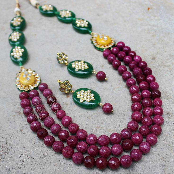 The PARUL NECKLACE + EARRINGS  by Indiatrend. Shop Now at WWW.INDIATRENDSHOP.COM