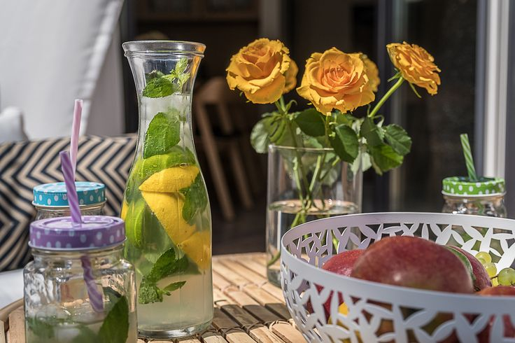 Taras #livingroom #summer #flowers #lato #salon #tryc #JacekTryc #architekt #design #interiors #warszawa #apartament #drink