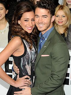 Kevin Jonas, Danielle Jonas Pregnant Expecting First Child!!!!!! Omg!!!!! Im so excited for a Jonas Baby!!!