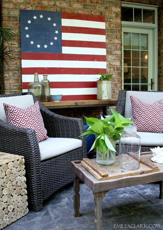 DIY Painted American Flag - Emily A. Clark @gliddenpaint #ad