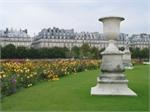 Tuileries Garden  In Paris, the Jardin des Tuileries stretches from the  Louvre  to  Place de la Concorde . Commissioned by Queen Catherine de Médicis and created in 1564 at the same time as the Palace of the same name (which was later destroyed), it was redesigned in 1664 by architect André le Nôtre, who was responsible for the layout of its paths, its symmetrical flowerbeds and its terrace overlooking the Seine. As delightful as ever, the garden is perfect for strolling and relaxing.