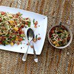 Veggienumnum.com:  Vegetarian cooking blog