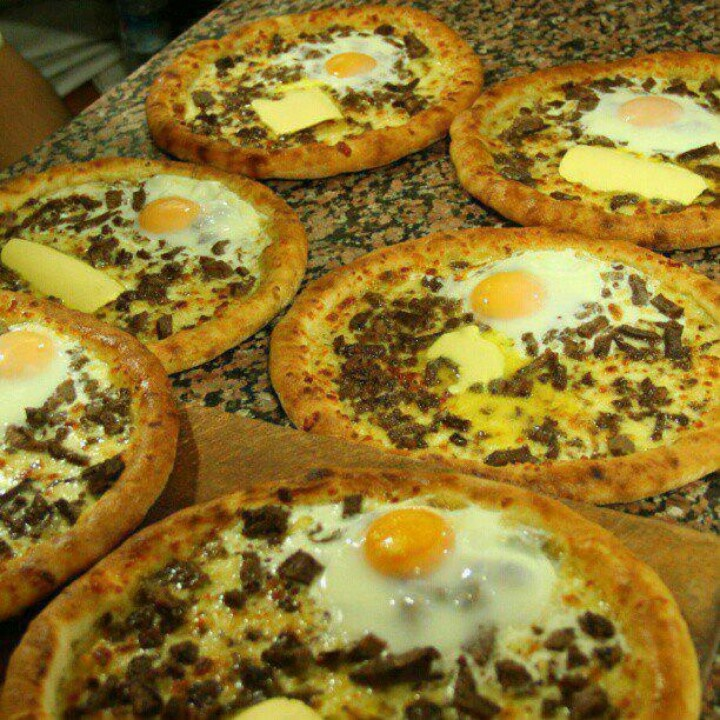 Trabzon pidesi - the most delicious in Turkey! Not sure this is just for breakfast! Looks yummy..