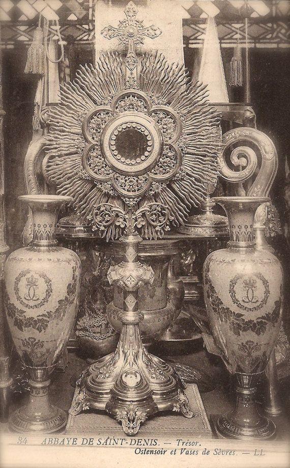 Sacred Opulence, Lot of 2 Vintage 1900s French Photo Postcards Basilica of St Denis, Paris & Château de Chantilly, Ornaments Baroque Details