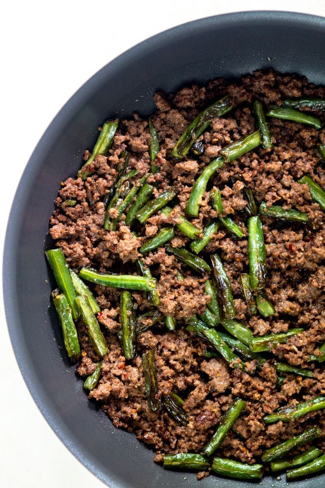 Green Bean And Ground Beef Stir Fry Is An Easy Ground Beef Recipe Perfect For Busy Weeknights Serve Over Rice For A Quick Weeknight Meal Packed With Flavor Recipe In 2020