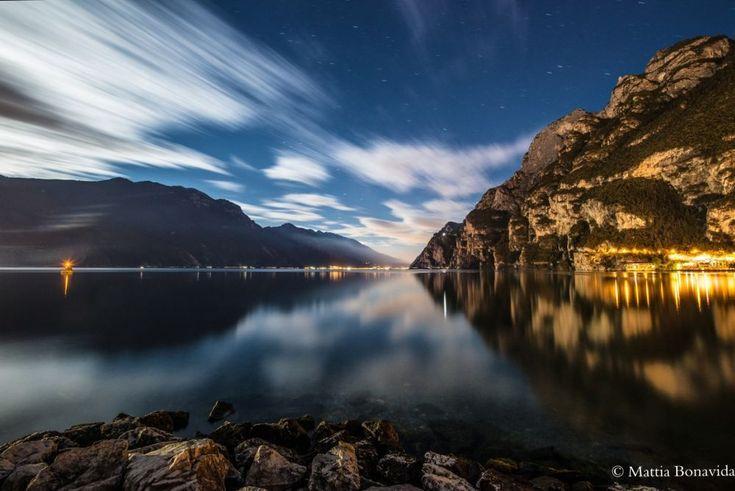 Deep in the night. by Mattia Bonavida