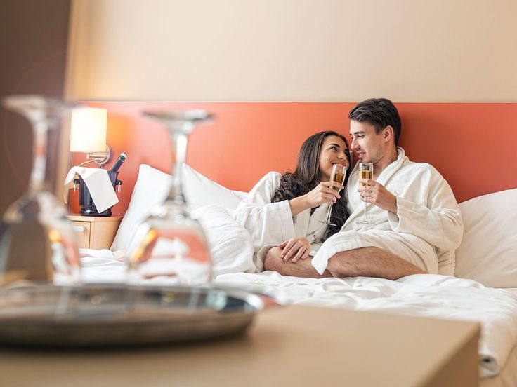 How to Book Your Wedding Night Hotel Room | Photo by: iStock | TheKnot.com