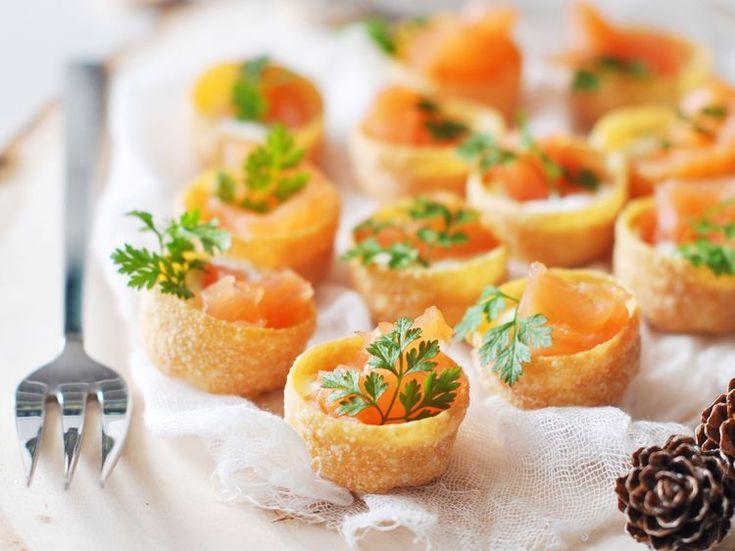 Découvrez la recette Mini croustade au saumon sur cuisineactuelle.fr.