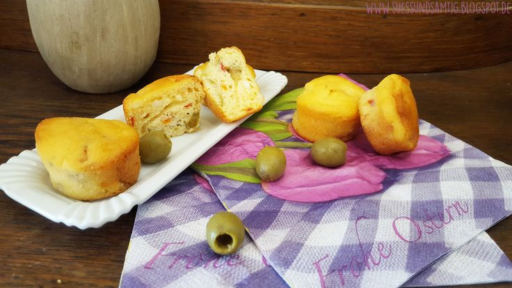 Oliven-Feta-Muffins mit getrockneten Tomaten