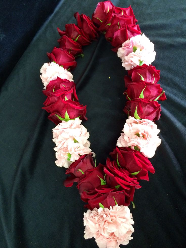 Everything rosy Ltd rose garland