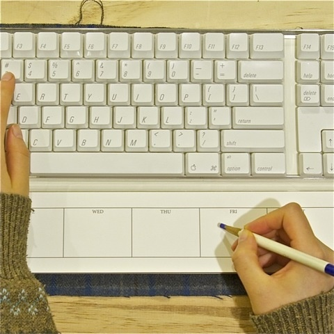 Keyboard Note Pad - OMG I need this to help me organize my blogging schedule! Love it!