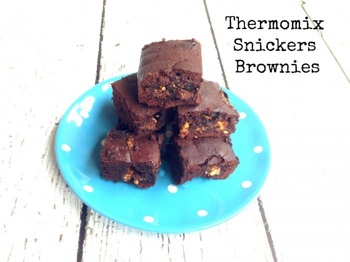 Makes 16 I haven't made Brownies in like, forever, but that all changed when I saw Lauren's delicious looking Snickers Brownies post. I had to have some and I had to convert it to the Thermomix bec...