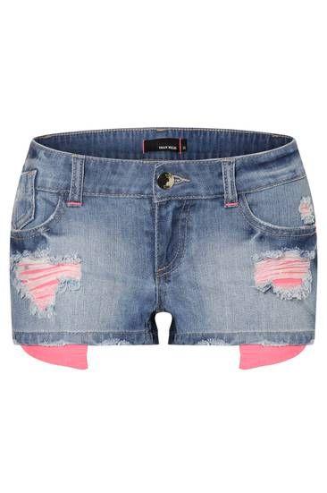 die besten 25 zerrissene jeans ideen auf pinterest destroyed jeans r hrenjeans und gerisse. Black Bedroom Furniture Sets. Home Design Ideas