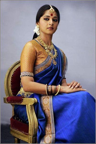 www.chennaivision.com - Tamil Actress Anushka Shetty Stills