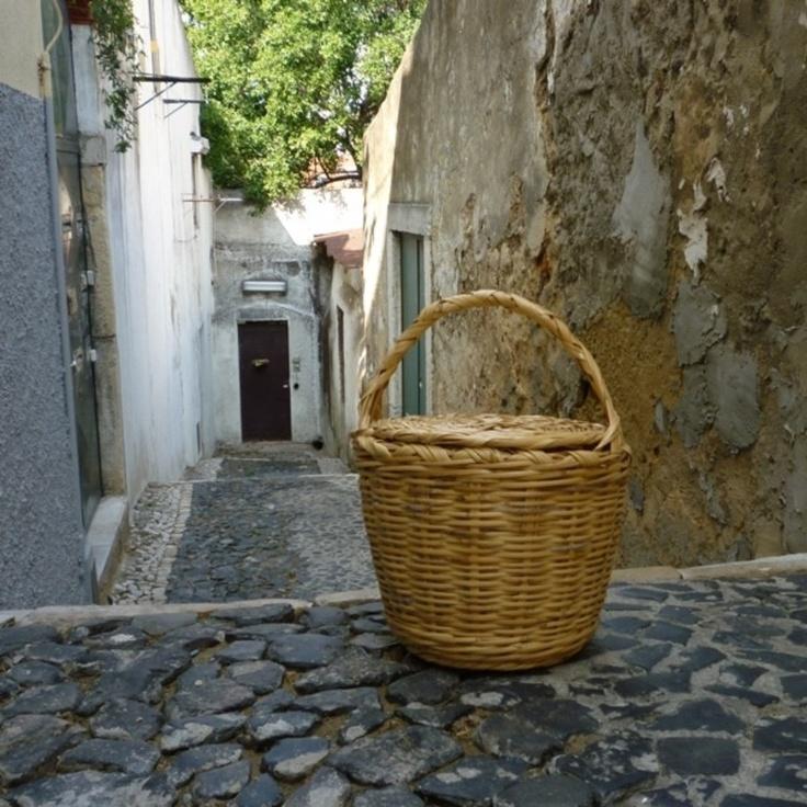 Handmade basket, Natural Willow Castro Marim, PORTUGAL