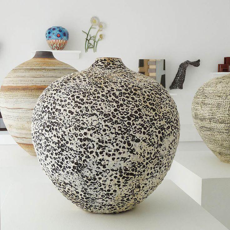 CONTEMPORARY CERAMIC ART COPENHAGEN - dansk & international keramisk kunst - udstillinger - samling - originale værker til salg - unika - skulptur ..  Kronprinsessegade 51 - Nyboder - København.. Ti-fre 11-18, lør 11-15
