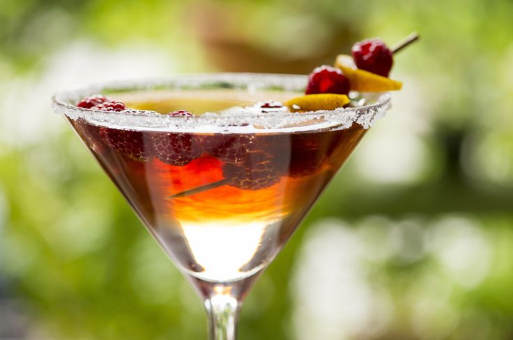 Martini au thé et aux framboises #recettesduqc #boisson #cocktail