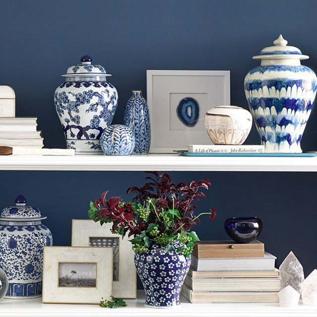 blue and white porcelain ginger jars | artful styling on these shelves