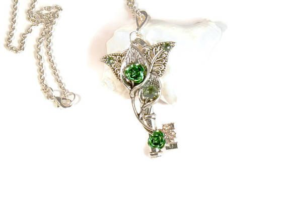 Skeleton Key Necklace for Women. Skeleton Key Pendant with