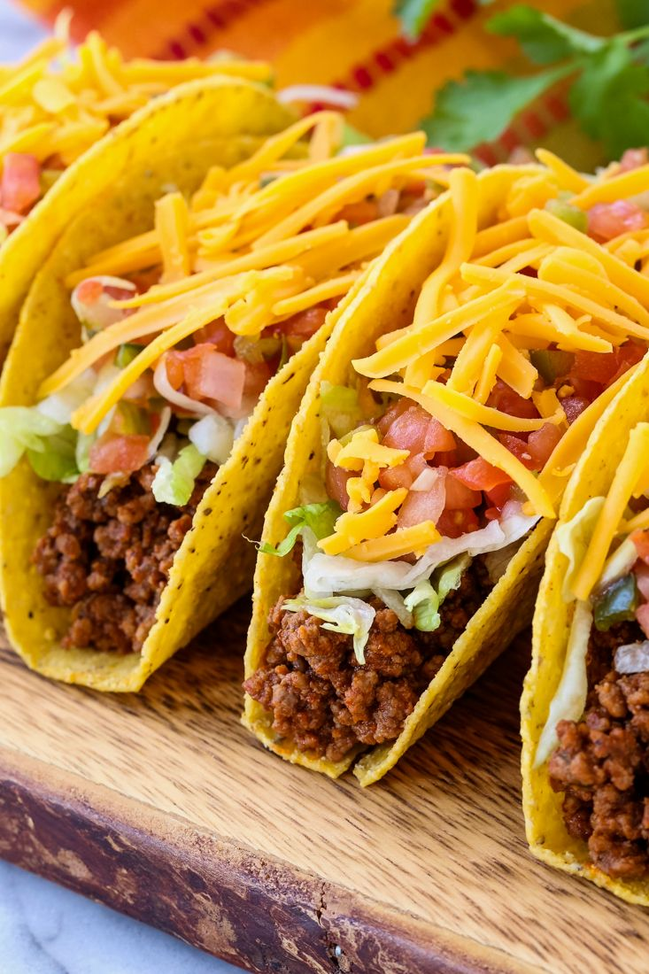 This Homemade Beef Taco Recipe Is Always A Hit For Dinner Tacos Tacorecipe Beeftacos Tacomeat Ground Beef Tacos Homemade Tacos Taco Recipes