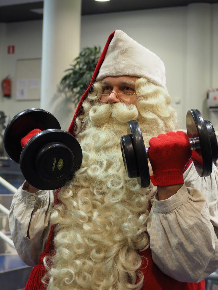 Santa likes to work out too at Santasport!