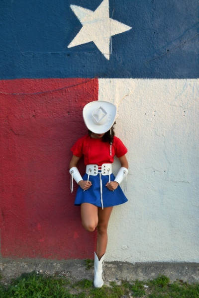 One of the coolest things about Texas- the world renown Rangerettes!