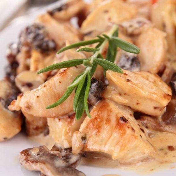 Escalopes de dinde aux champignons et à la crème fraîche