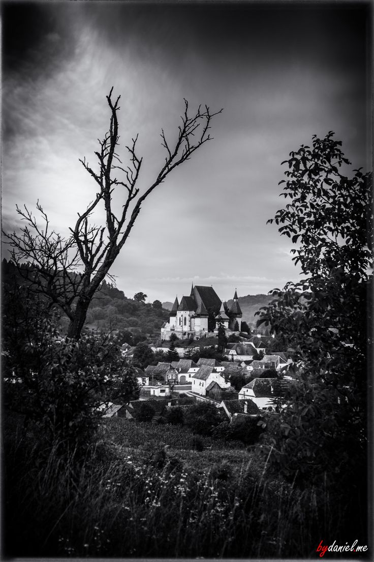 Biertan, a village located in the heart of Romania, a place famous for its fortified church.  #Romania #Transilvania #Transylvania #Biertan #tours #toursofromania #bw #blackandwhite #monochrome #UNESCO #travel #landscape