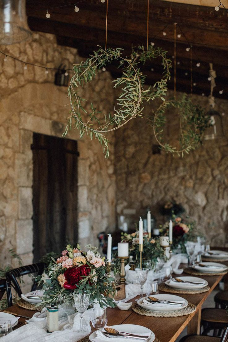 Eine schöne Deko Idee für die Tischdeko zur Hochzeit. Perfekt für Boho Hochze…