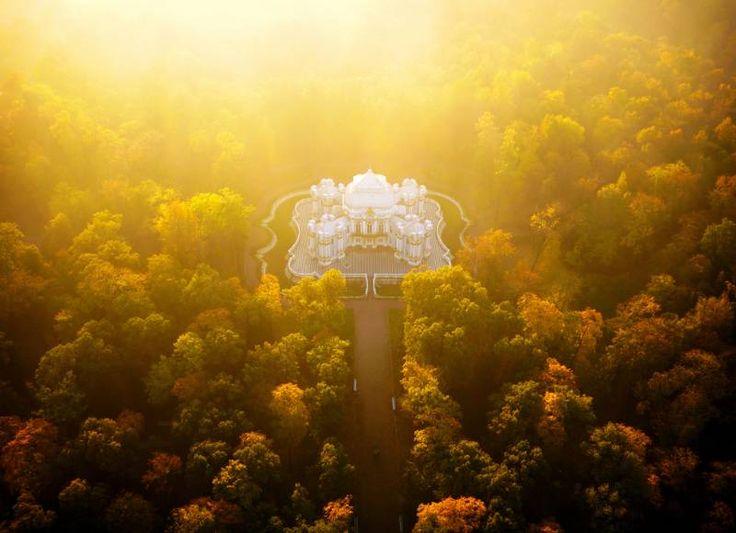 Amos Chapple -  Hermitage Pavilion, Saint Petersburg, Russia - official site http://www.amoschapplephoto.com/air/