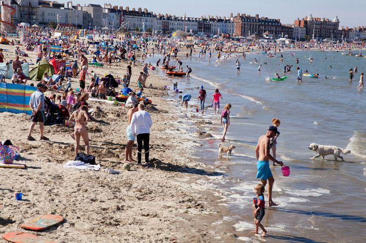 Staycations and carnival – a Weymouth photo essay | Art and design | The…
