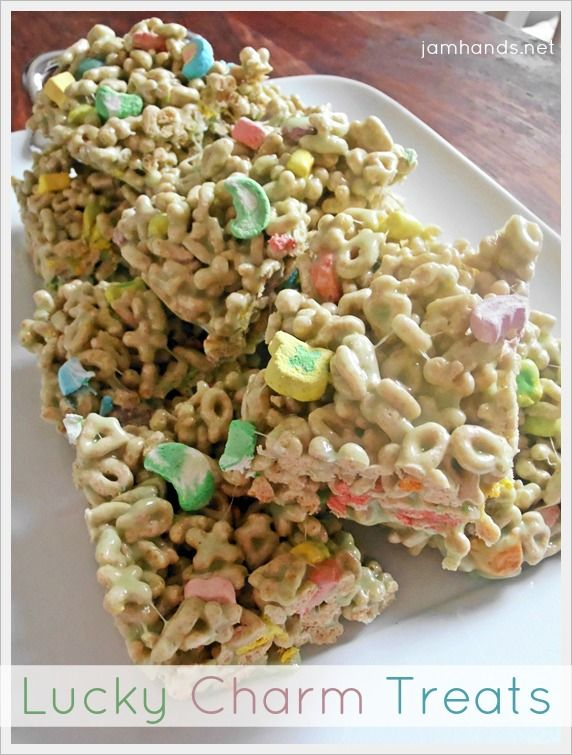 St Patrick's Day Recipe: Lucky Charms Treats. #stpatricksday #recipeRecipe, Food Deserts Cookies Treats, Stpatricksday, Lucky Charms Treats, St Patricks Day, St Patti, Rice Krispie, Food Drinks, Charms Bar