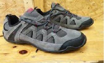 http://hargasepatugunungwanita.blogspot.com/2016/09/model-sepatu-gunung-wanita-karrimor.html