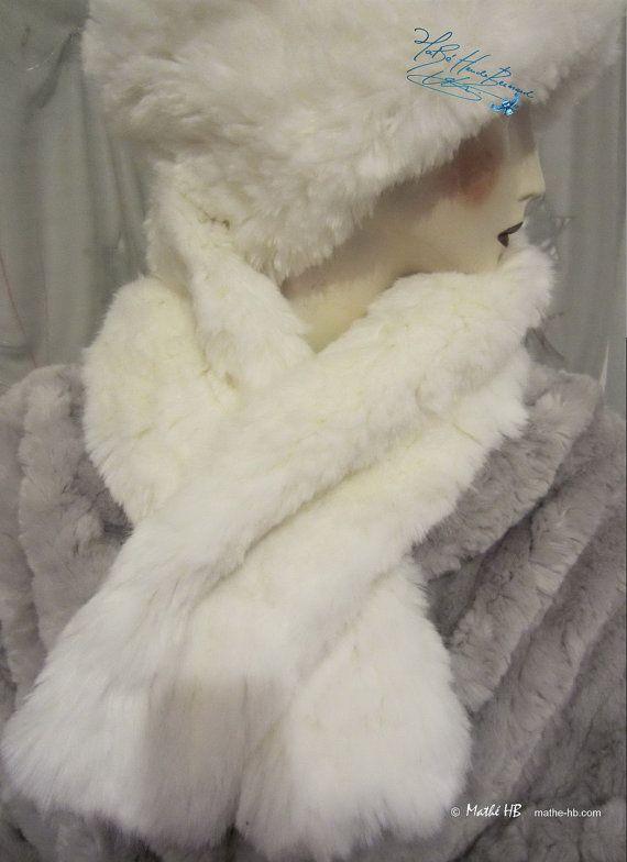 châle étole d'hiver blanc loup chauffe-épaules par MatheHBcouture