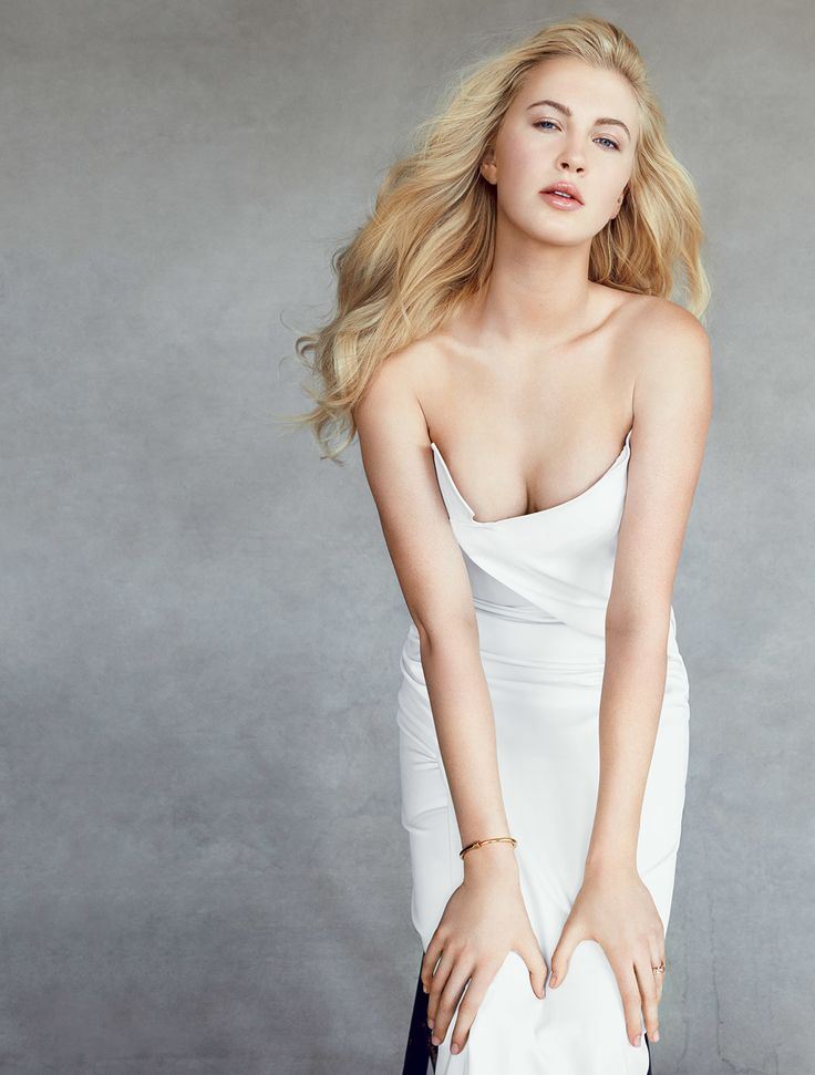 Ireland Baldwin | A Comprehensive List of 14 New Models with Famous Parents