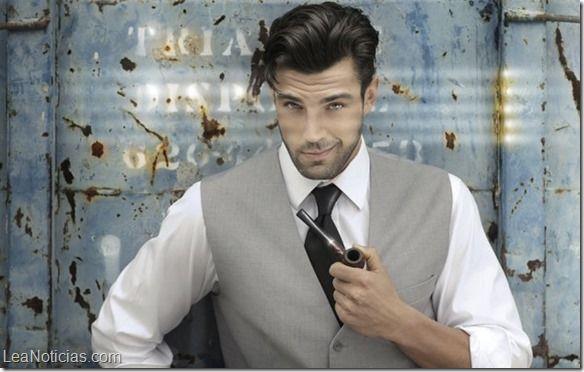 5 actitudes de un hombre narcisista (Huye rápido de ellos) - http://www.leanoticias.com/2015/04/06/5-actitudes-de-un-hombre-narcisista-huye-rapido-de-ellos/