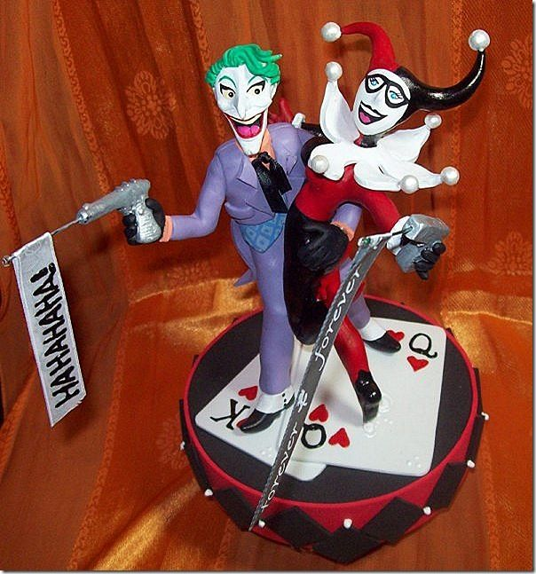 Mad Love Joker And Harley Quinn Wedding Cake Topper