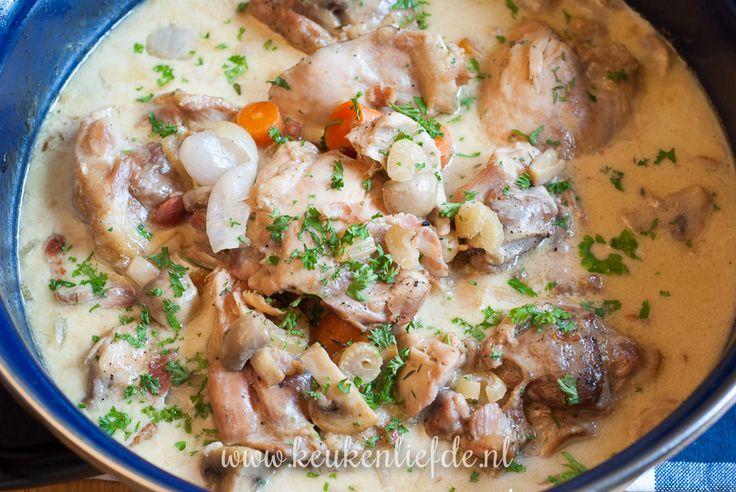 Kippannetje met champignons en room