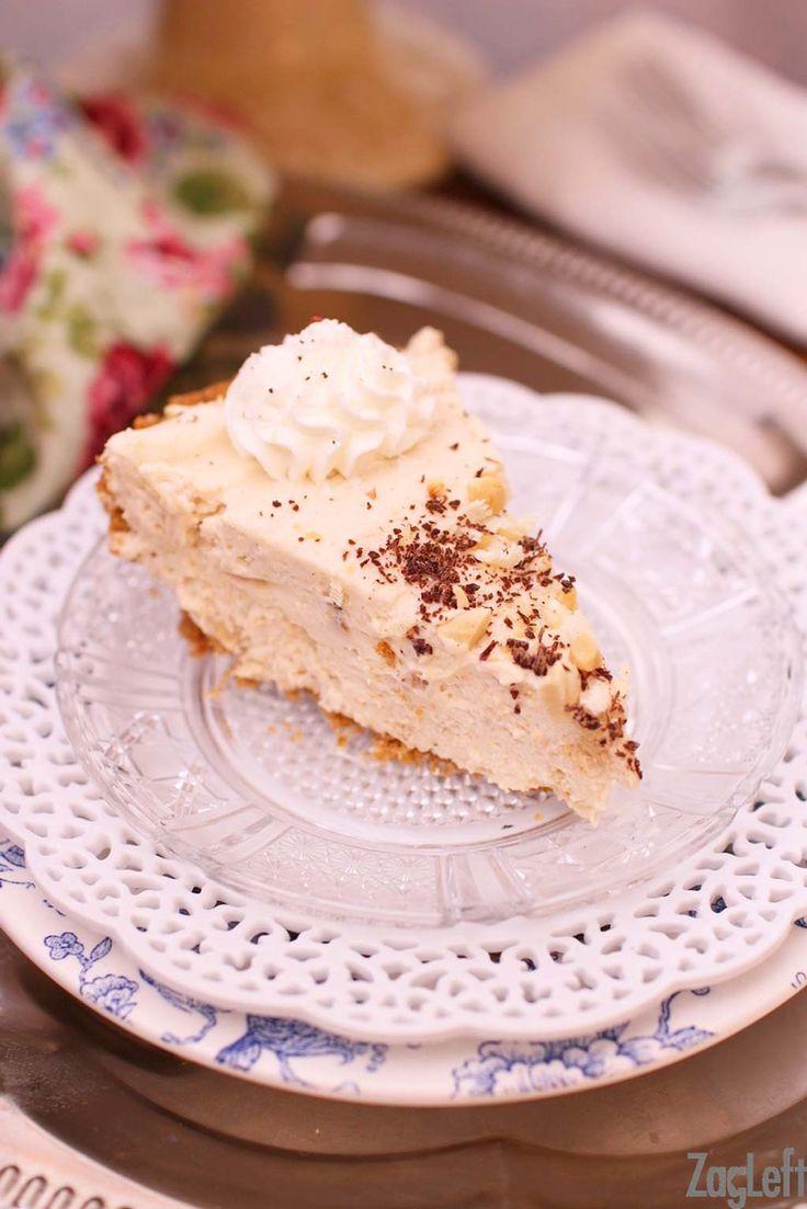 Rich, creamy and super fluffyPeanut Butter Marshmallow Cream Piemade with peanut butterandmarshmallow fluff. Also known as aFluffernutter Pie.