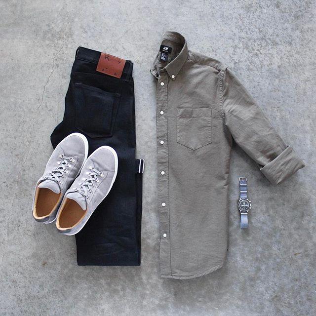 ⌚️ Shirt: @hm Denim: @katobrand Shoes: @koiocollective Watch: @omega