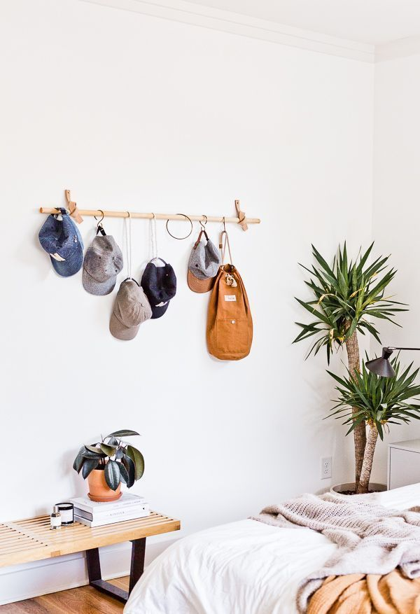 10 Minute Diy To Try A Cool Take On A Diy Hanging Wall Organizer Hanging Wall Organizer Decor Home Decor