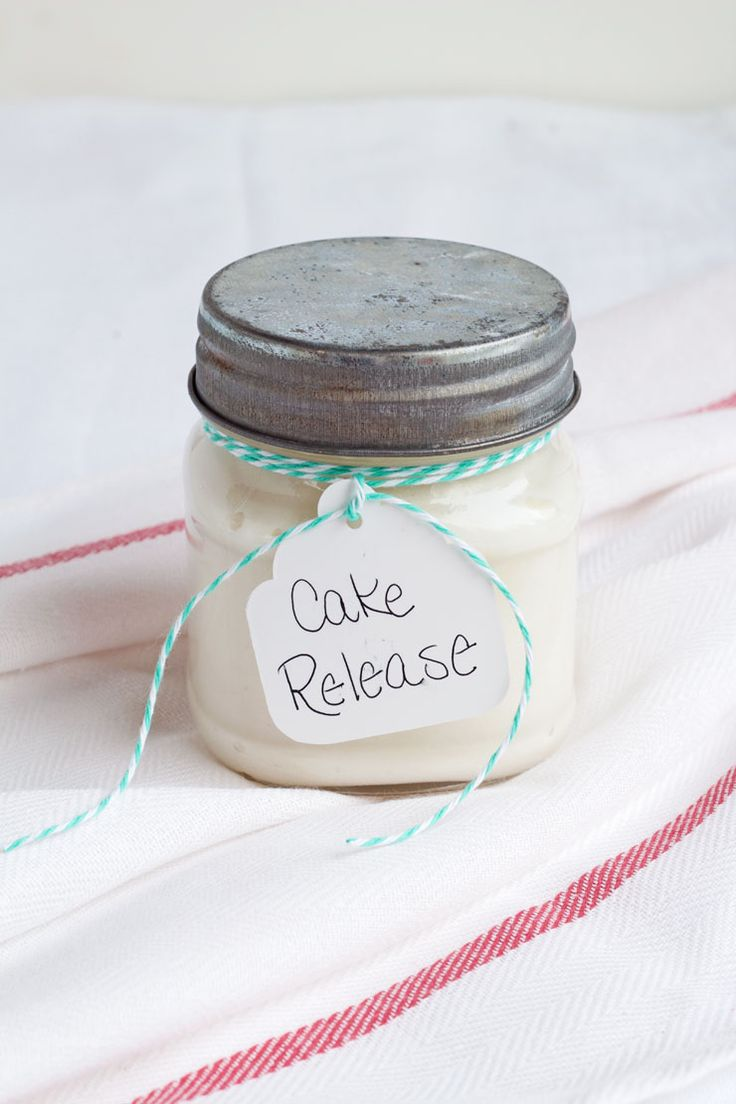 Easy Cake Release Recipe via www.thebearfootbaker.com