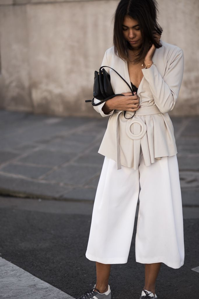 theadorabletwo_adidas_gazelle_blau_grau_max_and_co_blazer_zara_culotte_paris_streetstyle_fashion_week_skagen_bracelet_celine_trio_bag