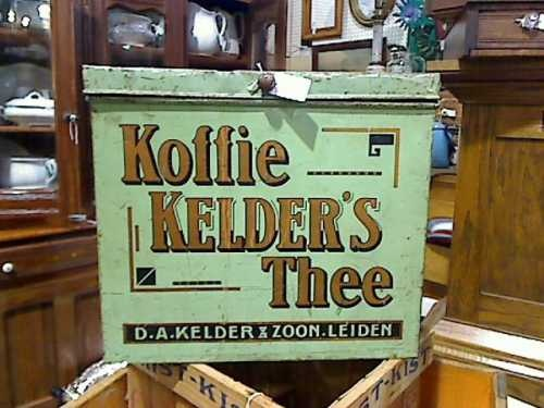 Advertising : Koffie Kelder's Thee Tin - $165.00 - Denver Brass Armadillo Antique Mall.