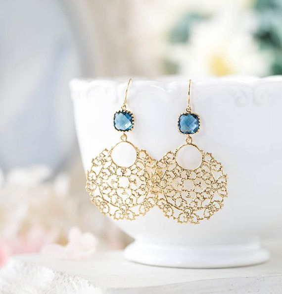 Saffier blauw groot gouden Filigrein oorbellen, Boho Chic Bohemian oorbellen van ebben hout marineblauw bruiloft oorbellen van ebben hout September Birthstone cadeau voor haar