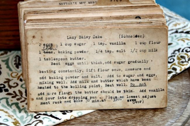 Step back in time with this vintage Lazy Daisy Cake recipe. Read about this recipe card's history and view other recipes at the Vintage Recipe Project