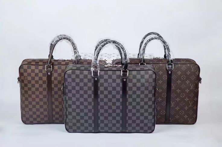 LV Porte-Documents voyage 92$