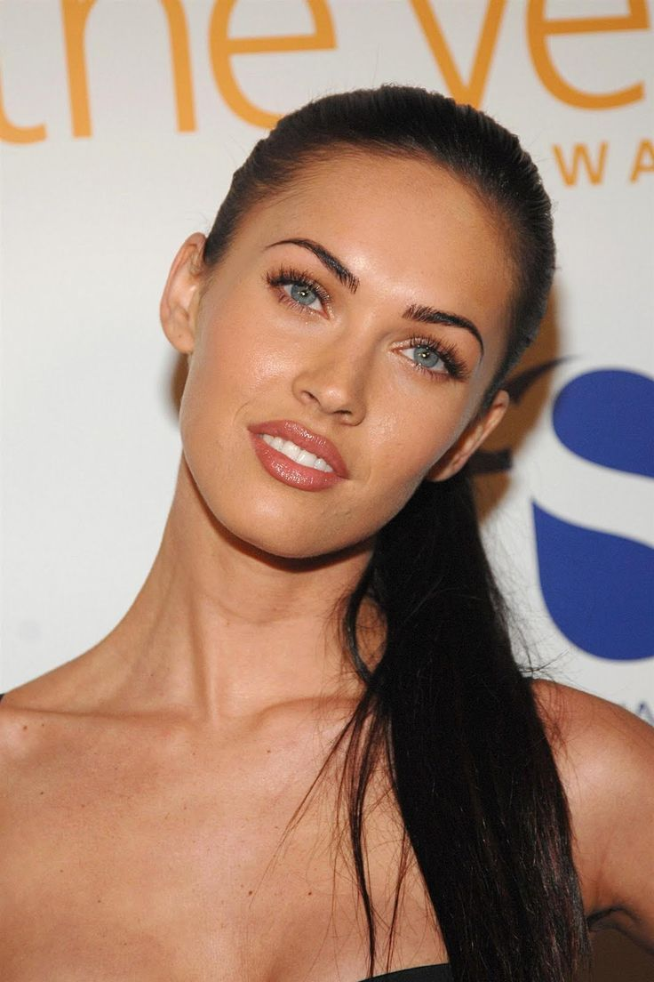 megan fox makeup. natural. dewy. pink lip. natural. fresh. summer